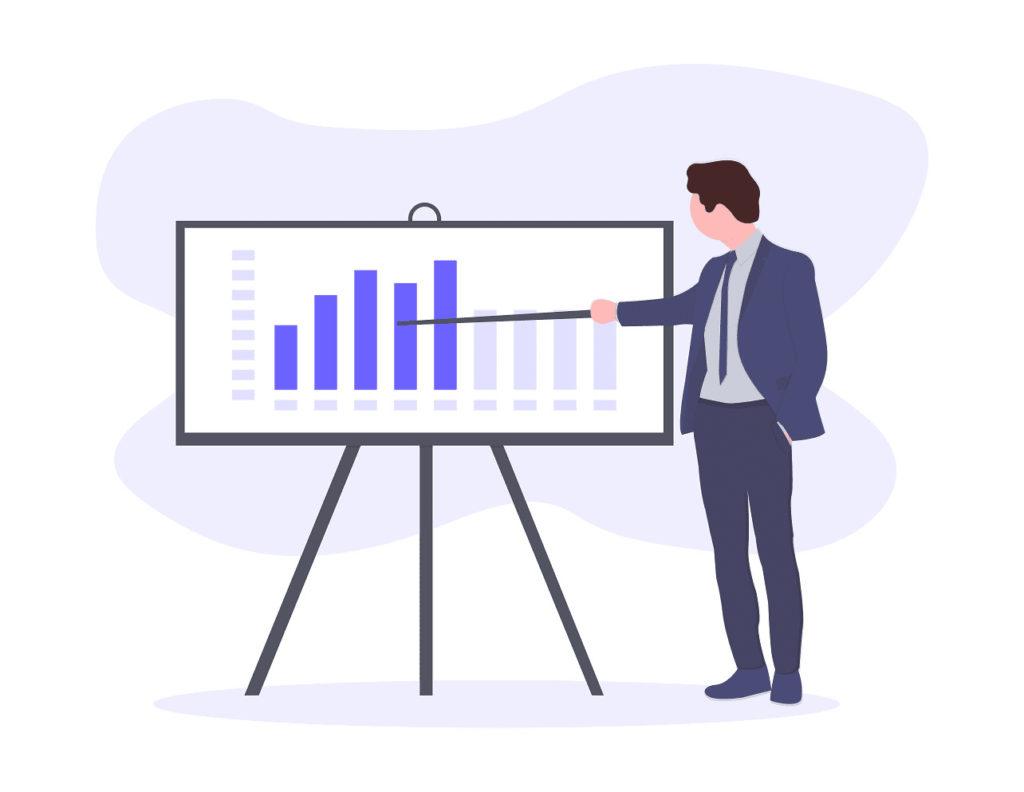 計画を説明するビジネスマンの画像。