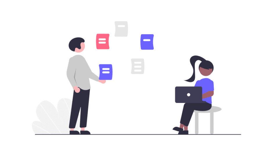 男性と女性のチームでプロジェクトを進める画像。